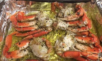 Crab on pan